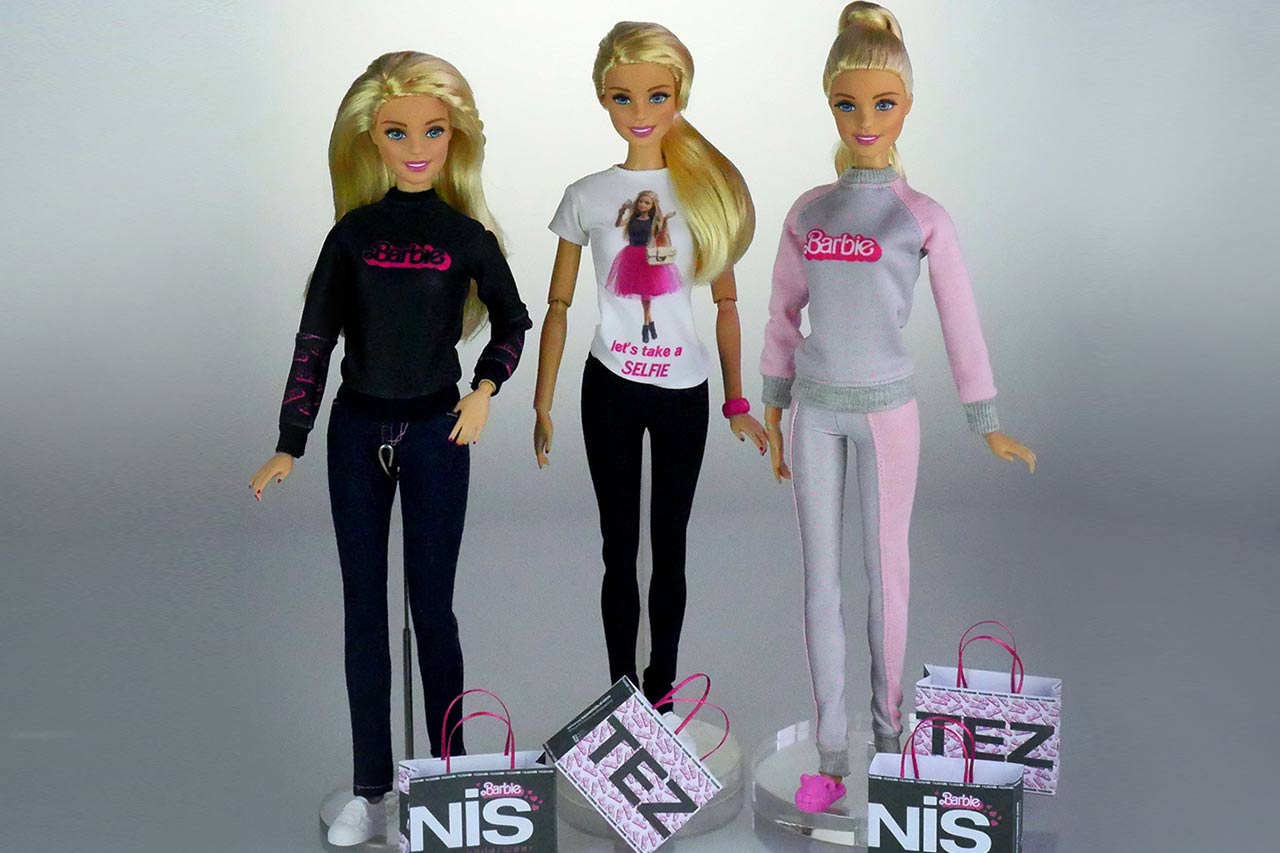 BarbieTezenis01